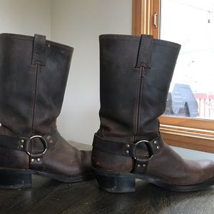 Fry size 11 harness motorcycle boot.